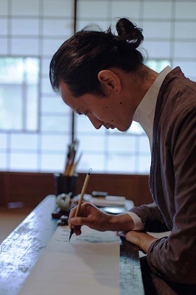 鈴木猛利氏プロフィール写真s.jpg